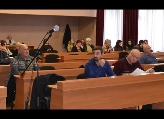 Під головуванням міського голови Л,Дромашко відбулось засідання 24 позачергової сесії міської ради 7 скликання
