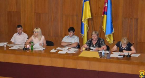 Під головуванням міського голови Л.Дромашко відбулась 16 позачергова сесія міської ради сьомого скликання.