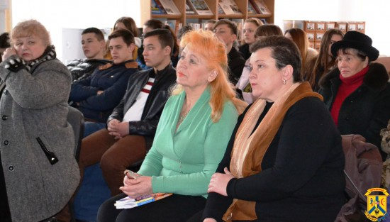 Літературні читання «Олекса Різниченко та Лоріна Лисогурська: поетичні долі»