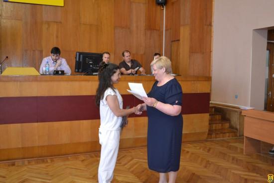 Під головуванням міського голови Л.Дромашко відбулось засідання чергової сесії міської ради.