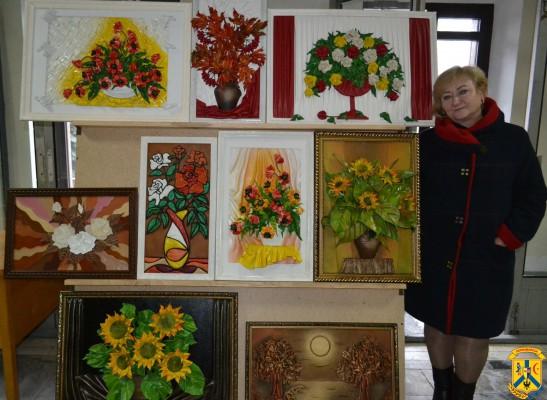 Виставка-продаж творчих робіт майстрів народного декоративно-ужиткового та декоративно-прикладного мистецтва