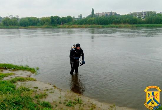 Проведено обстеження акваторії дна міського пляжу «Райдуга»