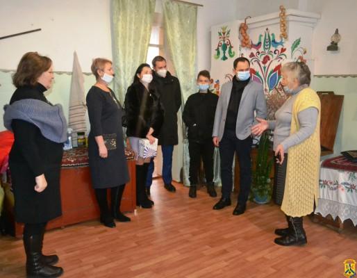Народний депутат України Максим Дирдін вітав зі святами вихованців Первомайської спеціальної загальноосвітньої школи-інтернат