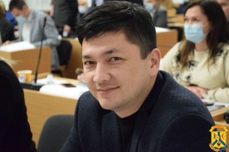 Віталій Кім: Щоб розвивати бізнес, не потрібно робити теж саме, що й сусід, а навпаки треба займатися тим, чим він не займається